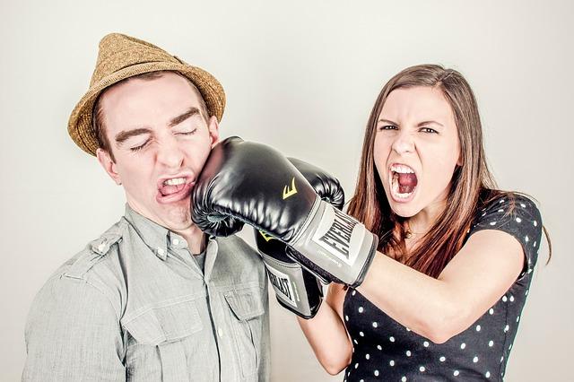 【怒る理由が分からない】人が怒る心理とは?彼女、彼氏はなぜ?根本的な感情が隠されてた!