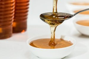 固まったハチミツの溶かし方2選!固まる原因と固まらない保管方法も