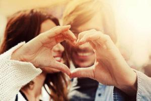 惚れっぽい人の特徴と原因!その心理とは?