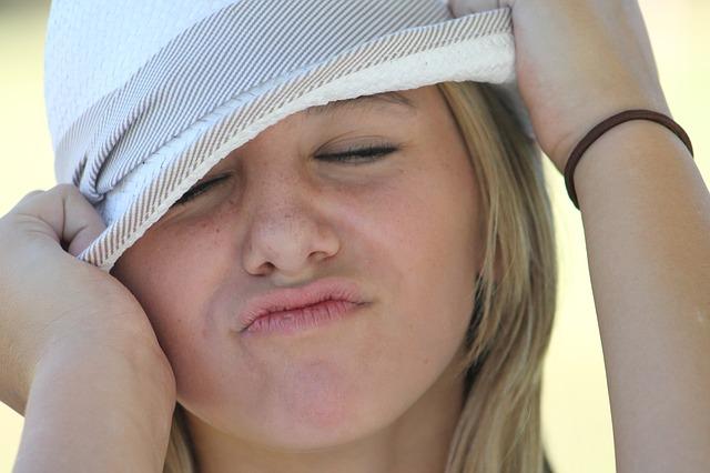 【毛穴が目立つ原因】毛穴をなくす対策の洗顔方法は酵素洗顔がオススメ
