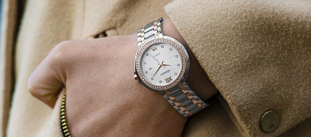 スーツと腕時計